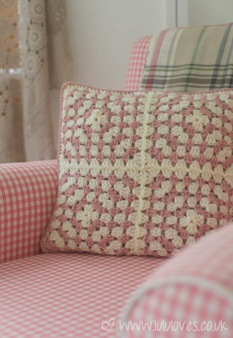 Inspiration :: Simple granny square pillow . . . .   ღTrish W ~ http://www.pinterest.com/trishw/  . . . .    #crochet