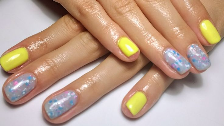 Yellow with Candy blue