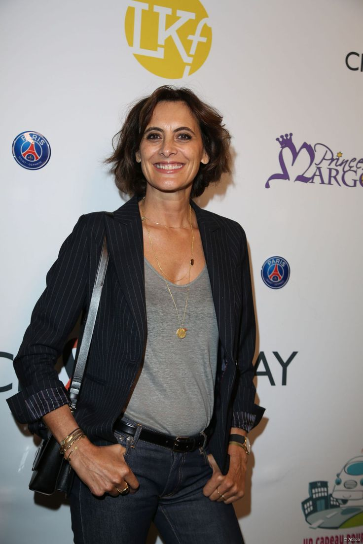 25 best images about ines de la fressange on pinterest parisian style hairstyles and hair. Black Bedroom Furniture Sets. Home Design Ideas