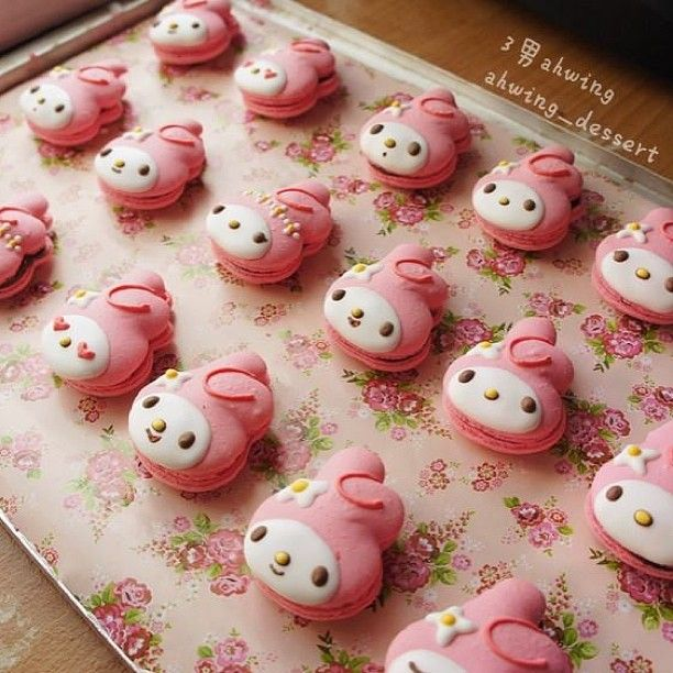 Beautiful My Melody Macarons