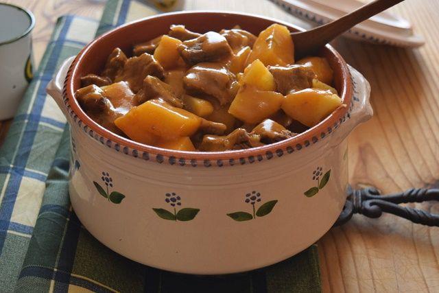 Spezzatino aggrassato con le patate