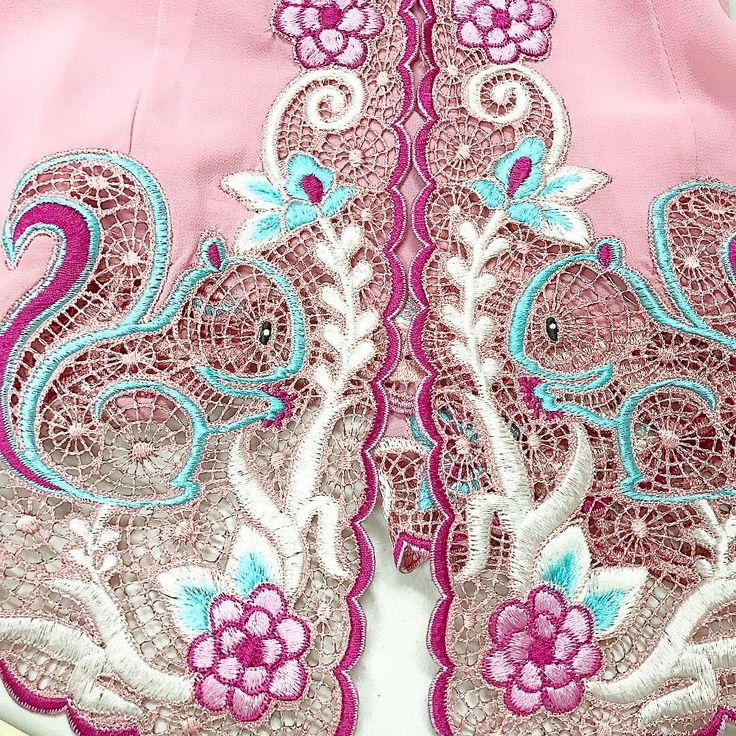 favorite this month! pink Candy 💕🐿  .  .  www.nonandnik.com  .  .    #handmade #kebaya #kebayamodern #kebayaencim #kebayabordir #kebayaperanakan #kebayanonya #kebayanyonya #sarongkebaya #localbrand #localbrandid #localbrandindonesia #selfmanufactured