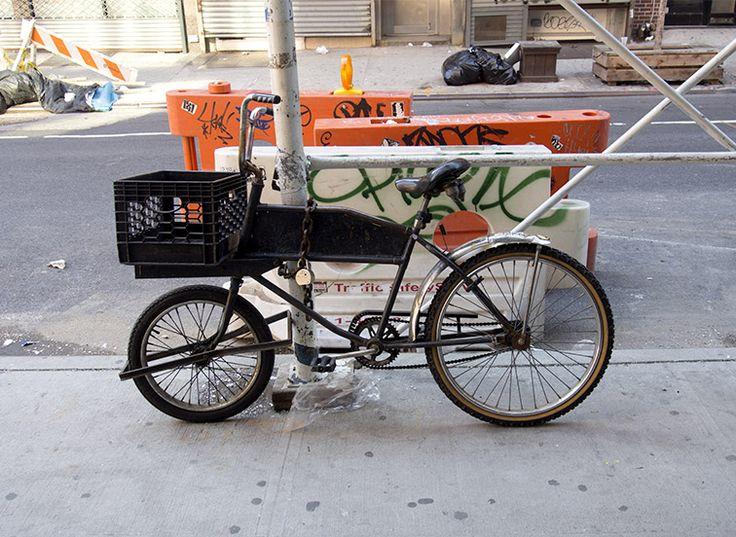 Vélo avec petite roue avant  (Julien Maurel - Graphiste Toulouse)