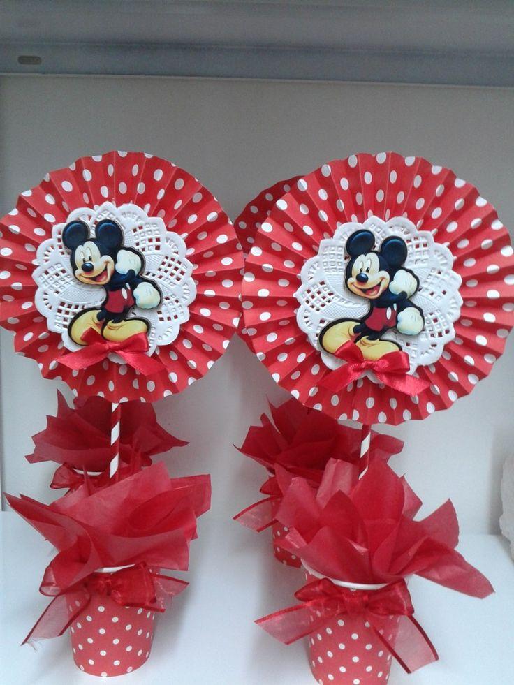 Centro De Mesa Infantil!!!mickey-minnie Y Muchos Más!!! - $ 40,00 en MercadoLibre