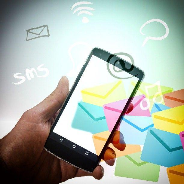 La storia degli SMS, una innovazione iniziata 25 anni fa