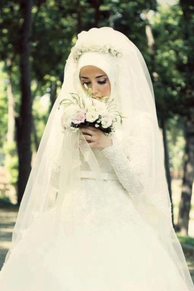98 best arabic islamic wedding inspiration muslim hijabi for Wedding dresses for muslim brides