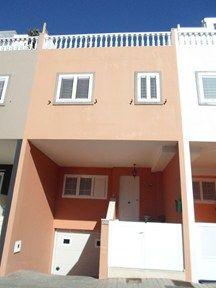 #Vivienda #Laspalmas Chalet Adosado en venta en #Arucas zona Juan XXIII-Santidad - Chalet Adosado en venta por 192.000€ , 3 habitaciones, 140 m², 2 baños, con trastero, con terraza, garaje 1 plaza/s