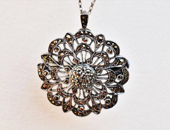 Unique Vintage Art Nouveau Necklace by PrettyDifferentShop on Etsy