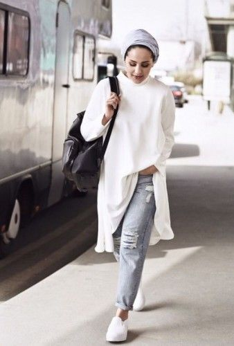 asia akf white style, Asia Akf street style looks http://www.justtrendygirls.com/asia-akf-street-style-looks/