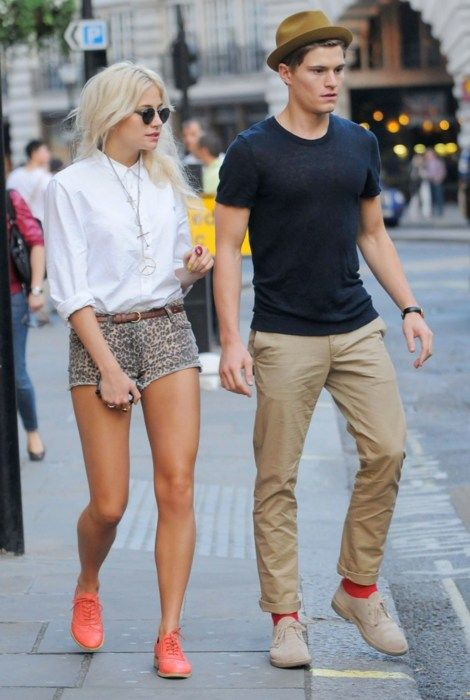 Such a hot couple Pixie Lott and Oliver Cheshire make. Digging Oliver's relaxed style and quirky salmon socks.