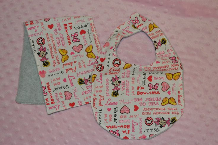 Minnie Mouse Fleece Bib and Burp Cloth Set by GracefulGifts15 on Etsy
