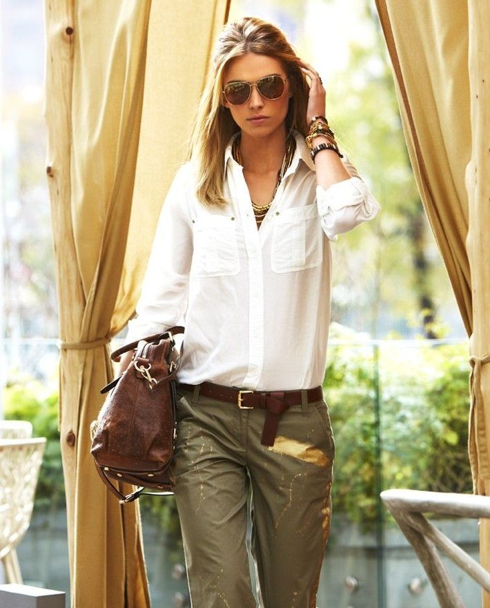 "Safari style.  Love the super casual pulled together look.  ""dressed for adventure!"""