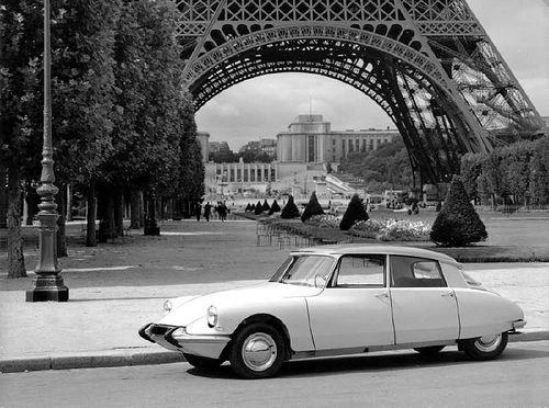 DS Tour Eiffel