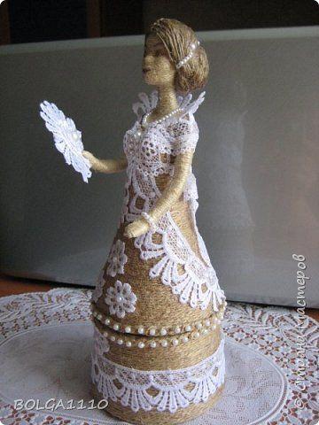 Поделка изделие 8 марта Валентинов день День матери День рождения Моделирование конструирование Шпагатная кукла шкатулка 3 Бусины Бутылки пластиковые Клей Кружево Шпагат фото 5