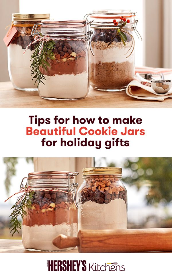 Looking for a holiday gift that will really wow this season? Look no further than a deliciously homemade gift in beautiful packaging! Discover these tips on how to make custom cookie jars from HERSHEY'S.