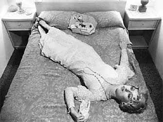cindy sherman untitled film stills 1979