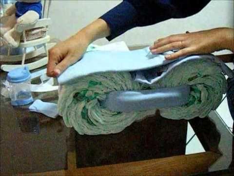 Como fazer um bolo de fraldas em formato de motocicleta!