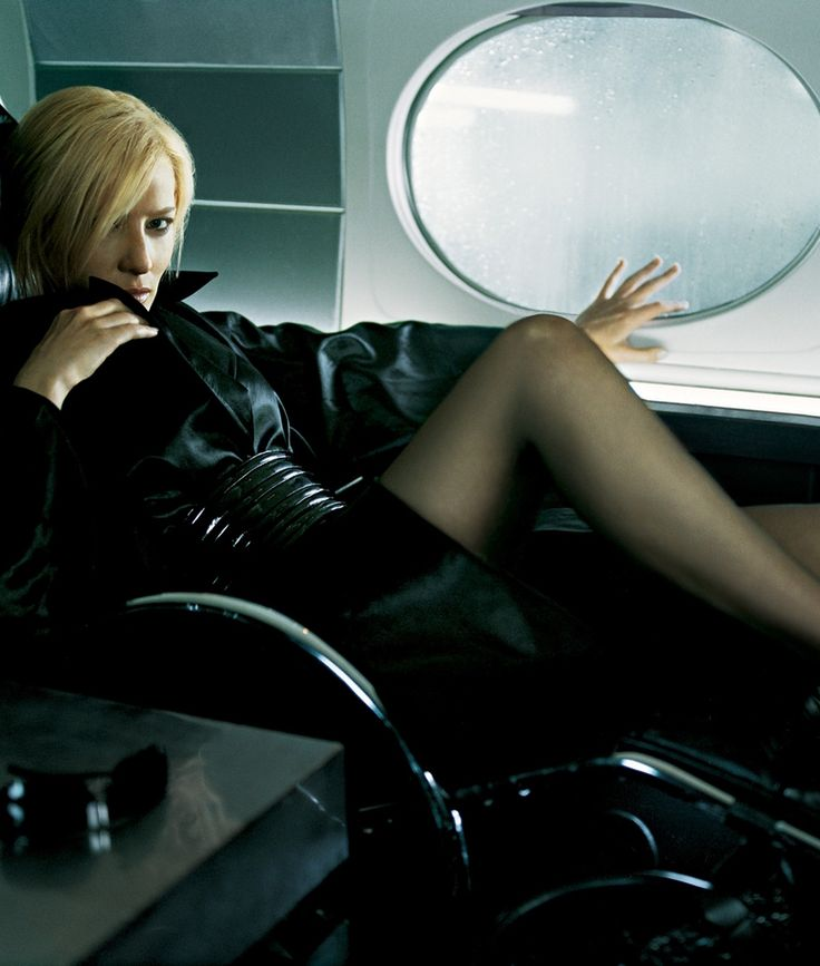 Cate Blanchett Woaw !!