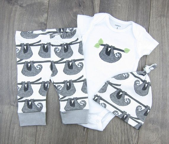 Adorable Sloth baby outfit and clothing sets!  ▽ CHOOSE YOUR OWN SET ▽  ▶︎ Baby Leggings & Hats are made from 100% Organic Cotton Knit fabric, printed