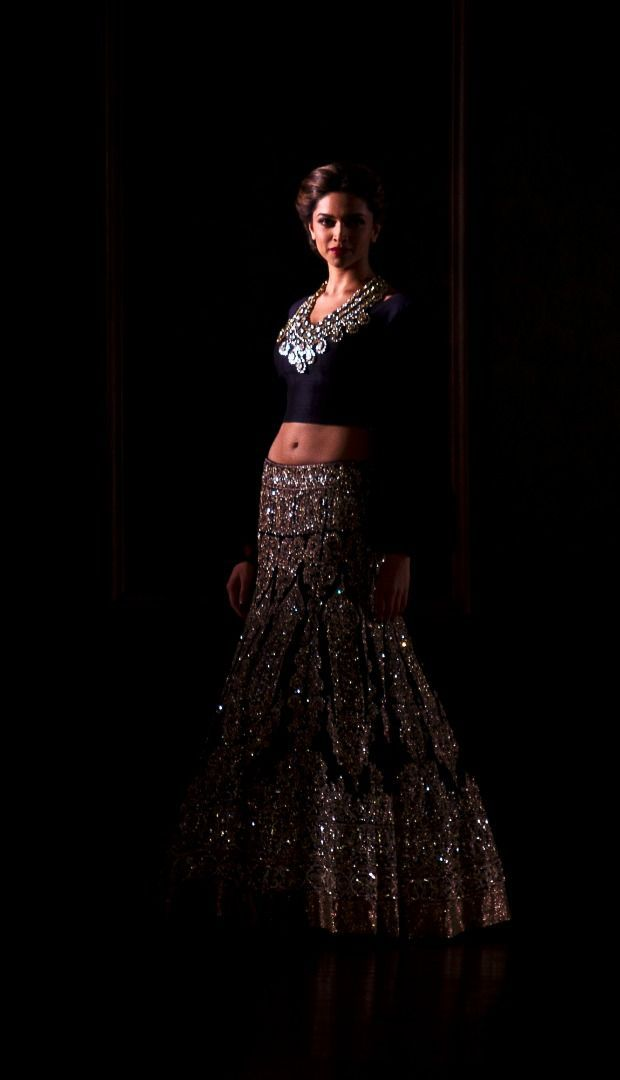 The queen of Bollywood, the most beautiful and stunning + talented actress - Deepika Padukone as a showstopper for Manish Malhotra Bridelan - a personal shopper & stylist for weddings. Website www.bridelan.com #Bridelan