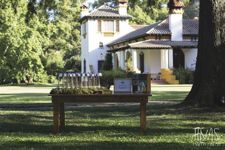 Estancia Santo Domingo, Lobos - casamiento - boda - ambientación - wedding - decorwedding - campo - caballerizas seating chart, ubicación de invitados, rincón de mensajes, sector de mensajes