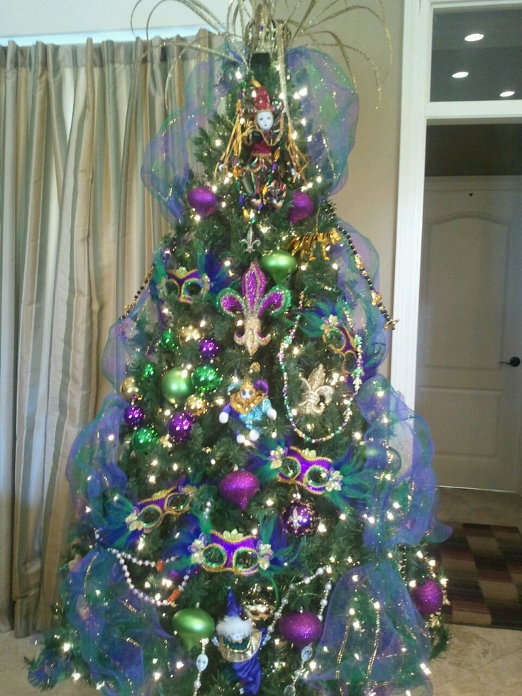 78 best holidays mardi gras tree wreaths images on for Christmas crown decoration