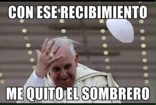 Hola amigos, la visita del Papa Francisco en México causo polémicas en las redes sociales donde se publicaron y llegaron a rivalizarse los memes del papa...