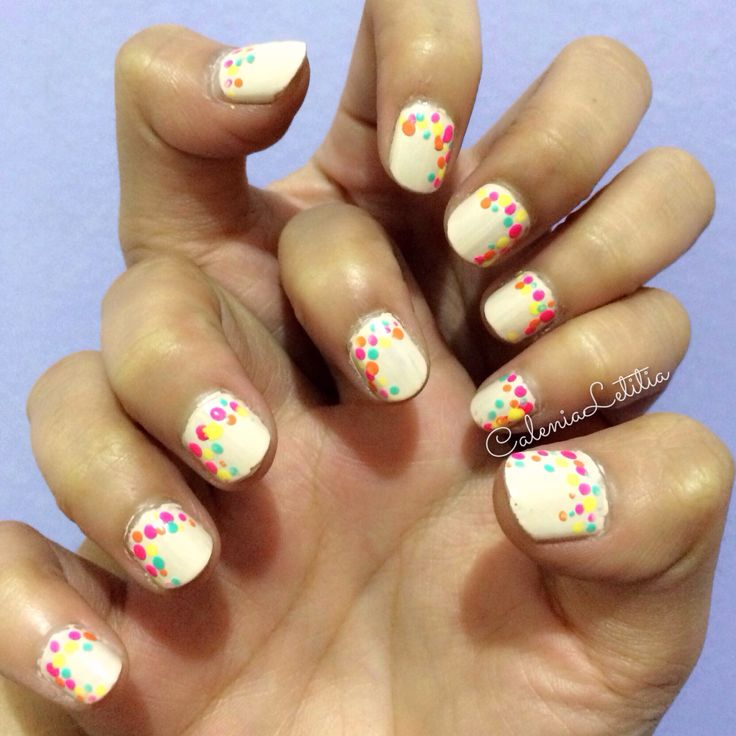 NAILART DESIGN!   Colorful dots for brightened your sunday.    Xoxo #calenialetitia✨  #nails #nailartaddict #nailartist #nailartpromote #naildecor #naildesign #instanailart  #nailartindo #seizethenails #nailartlover #thenailartstory #nails2inspire #nailitmag #naialrtappreciation #nailartohlala #nailartclub #alltimenails #dailynailart #beauty #beautyblogger #beautybloggerindo