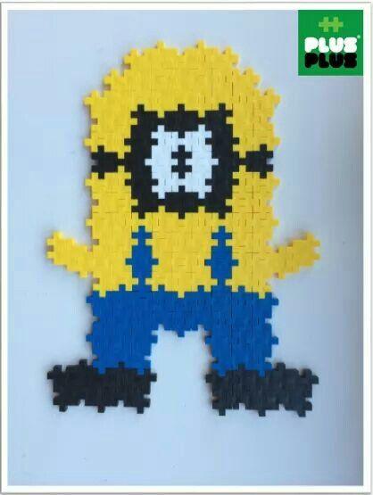 Man kan eksempelvis lave Minions figurerne, fra Grusomme Mig filmene, af Plus-Plus brikkerne. Køb brikkerne på Nikostine.dk #plusplusmini #plusplus