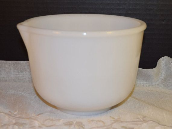 Glasbake White Glass Mixing Bowl 17 by ShellysSelectSalvage