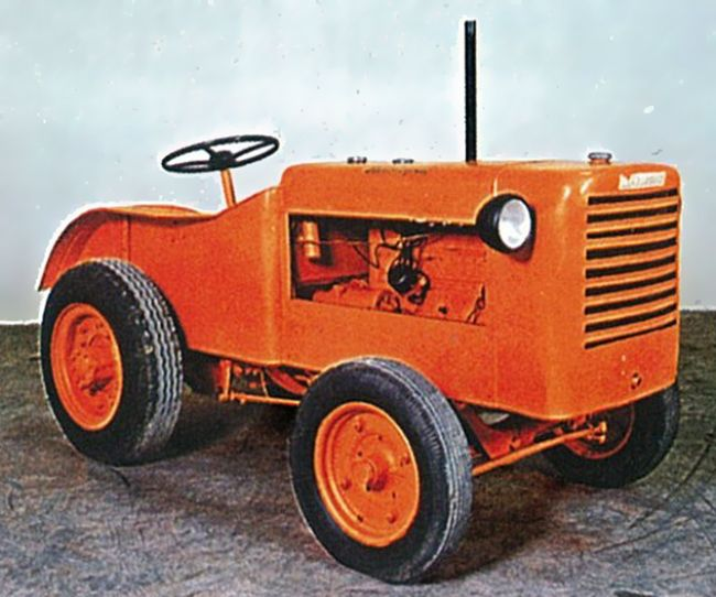 One must start somewhere, and Lamborghini began his career making tractors as well as air conditioning equipment and oil heaters. While few owners boasted about having a Lamborghini tractor in their driveway and sometimes the company had to rely on discarded war materials for production, the machines featured an innovative fuel atomiser allowing the unit to bestarted with petrol and then switch to petroleum.Company production eventually rose from one tractor a week to about 200.