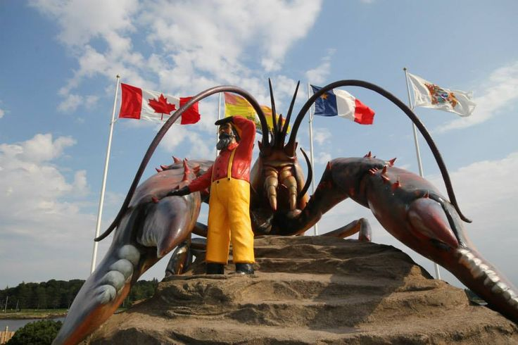 Parlee Beach Provincial Park is situated next to the charming town of Shediac, New Brunswick - home to the World's Largest Lobster and tons of family friendly activities. #NBParks