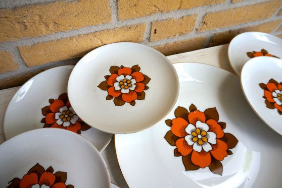 Set of Retro Bavarian Side Plates and Cake Plate. Vintage orange and brown flower design - One large plate and 8 side plates