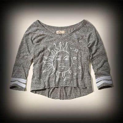 Hollister レディース Tシャツ  ホリスター Zuma Beach T-Shirt ニットTシャツ★今季新作アイテム!ヴィンテージ感が人気のアメカジブランドHollister。入手困難なアメリカ限定アイテム展開中!   ★フロントのグラフィックがかわいい!着回せるTシャツは何枚あっても便利♪