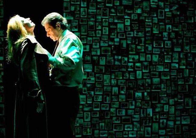 Σκηνές από ένα γάμο, 2ος χρόνος στο ΠΟΛΗ Θέατρο! Το Πόλη Θέατρο παρουσιάζει για δεύτερη χρονιά τη sold out επιτυχία του περσινού χειμώνα «Σκηνές από ένα Γάμο» .Το αριστούργημα του Ίνγκμαρ Μπέργκμαν Σκηνές από έναν γάμο, επιστρέφει για περιορισμένο αριθμό παραστάσεων με τους Δάνη Κατρανίδη και Παναγιώτα Βλαντή.