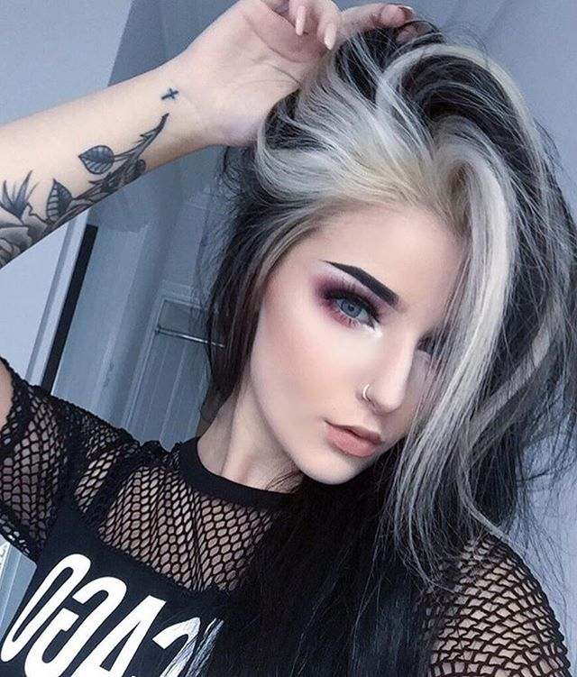 WEBSTA @ dropdeaddolls - Gorgeous❤• @mollyhull_ ☁️•#dyedhair #coloredhair #blackhair #whitehair #tattoo #piercing #beautiful #alternative #scene #scenehair #scenegirl #emo #emogirl #goth #girl #cute #kawaii #pastelgoth #grunge #makeup