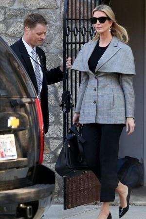 Ivanka Trump Wearing Loewe Hammock Bag 3 From Ivankatrump Wardrobe S Closet