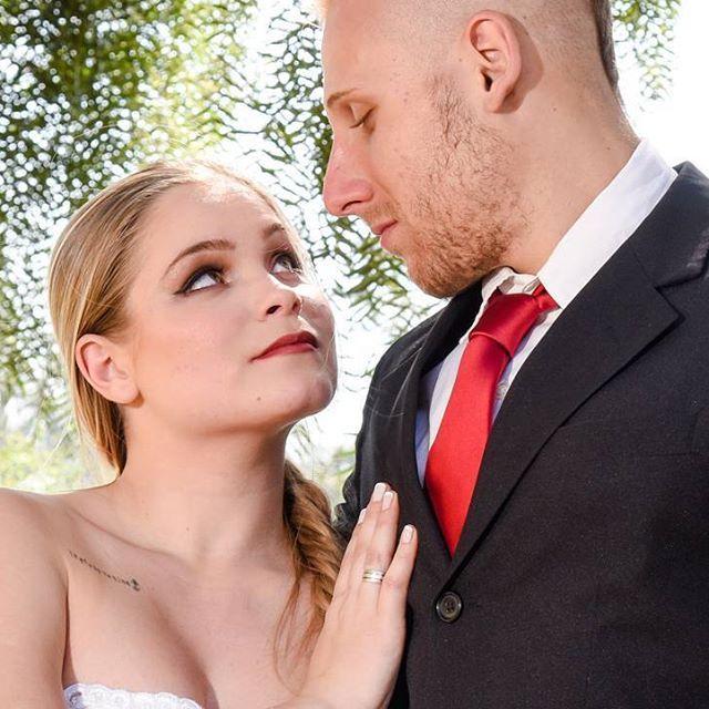 Beleza para noivas por mim com @jheloureiro  Fotografia: @thiagojavier #makeupartist #makeup #bride #blonde #lipstick #maquiadoraprofissional #noiva #makeupbycamilacarrafa