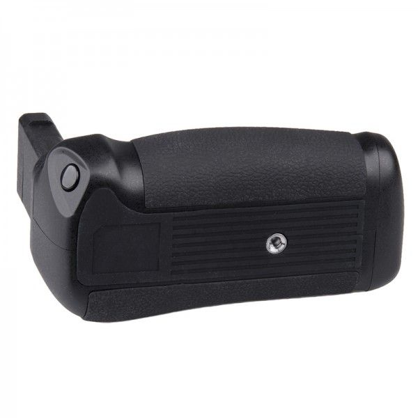 Travor BG-2P Battery Grip for Nikon DF