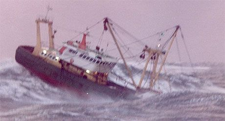 17 best images about ships in heavy sea on pinterest for Best weather for fishing