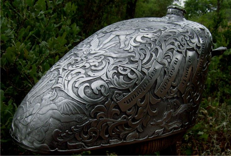 Have a good look at what I've just found! This is an amazingly engraved tank by Otto Carter, who worked on it for 210 hours. It truly is a ...