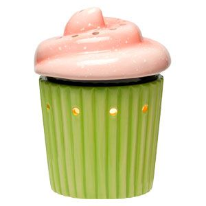 Cupcake Mid-Size Warmer!  Perfect for the kitchen or a little girls room!  kelliebaumgarter.scentsy.us