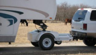Lesson | Gross Combined Weight Rating | GCWR Basically, any three-quarter ton vehicle that has similar GCWR as the one ton counterpart, it is capable of towing a 5th wheel or gooseneck trailer the with the Automated Safety Hitch System without exceeding the three-quarter ton's GVWR. - See more at: http://fifthwheelst.com/A-Lesson-on-Gross-Combined-Weight-Rating-GCWR.html#sthash.qwpd0ySR.dpuf