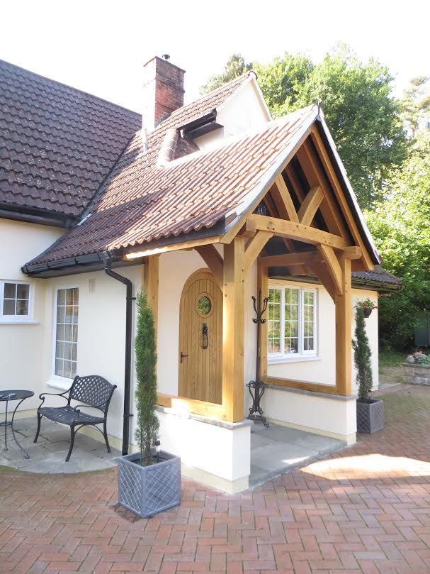 1000 images about bungalow inspiration on pinterest for Porch designs for bungalows uk