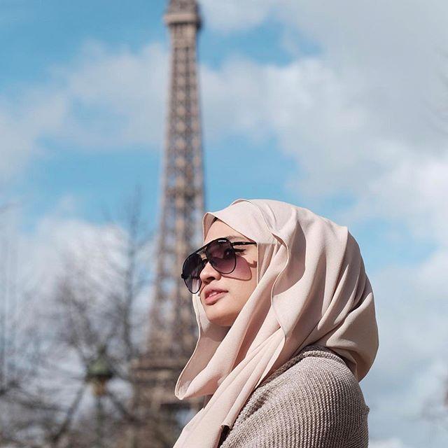 comfortably covered in @hammadahijab's instant hijab ❤
