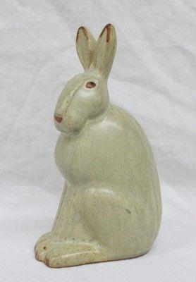 Hare. http://www.antikfyren.se/produkt/lisa-larsson-hare/