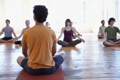 Como decorar um estúdio de ioga | eHow Brasil