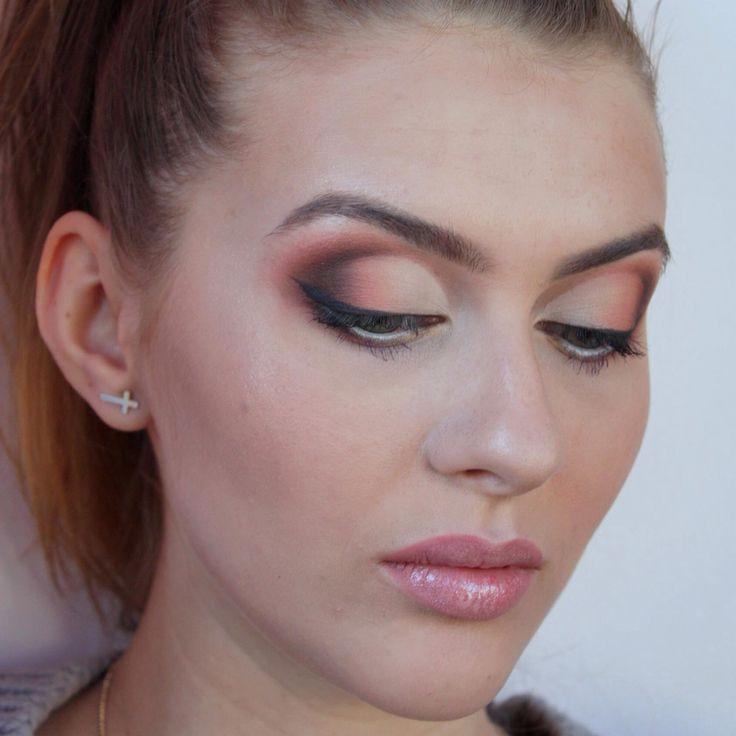Warm eyeshadows & bridal makeup