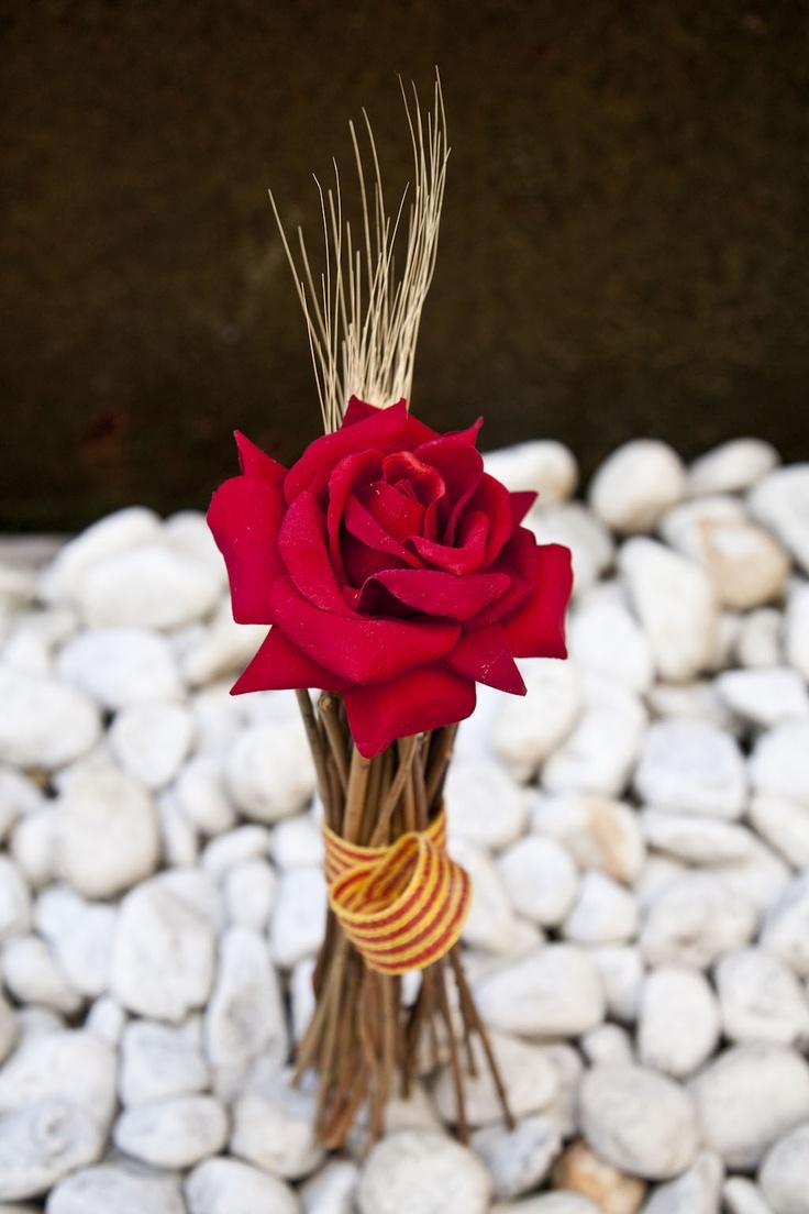 40 best decorar con flores images on pinterest for Decoracion con fotografias