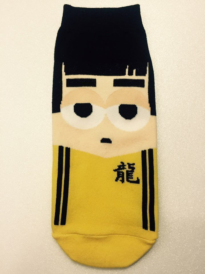 New Unisex Action Star Bruce Lee Character in Yellow Clothing Cotton Socks
